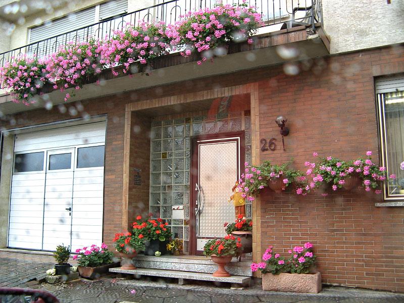 Как украсить фасад частного дома своими руками: идеи